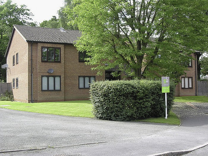 Kendal Grove, Solihull - Photo 1