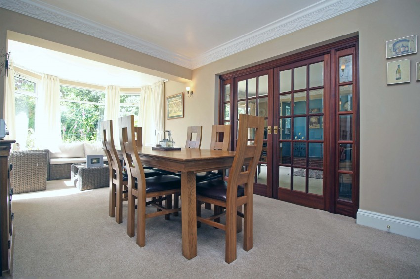 4 Bedroom Detached House For Sale In Highwood Avenue Solihull