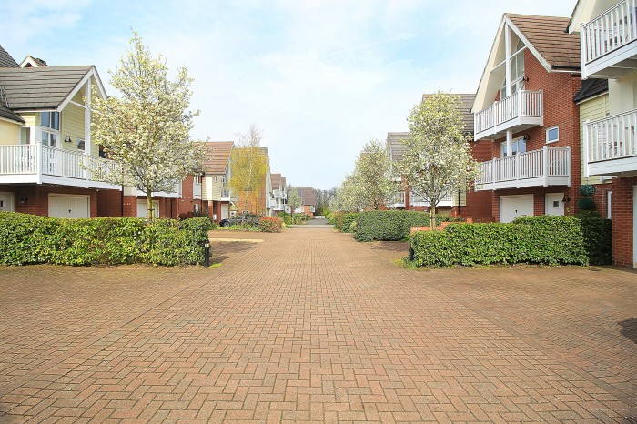 Woodshires Road, Solihull - Photo 2