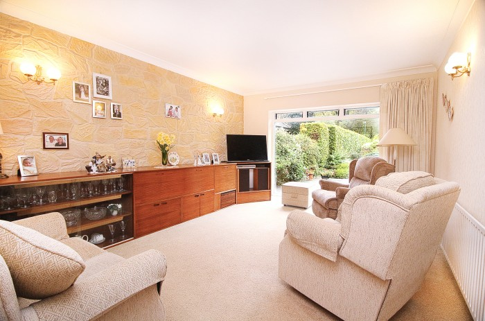 Buryfield Road, Solihull - Photo 2
