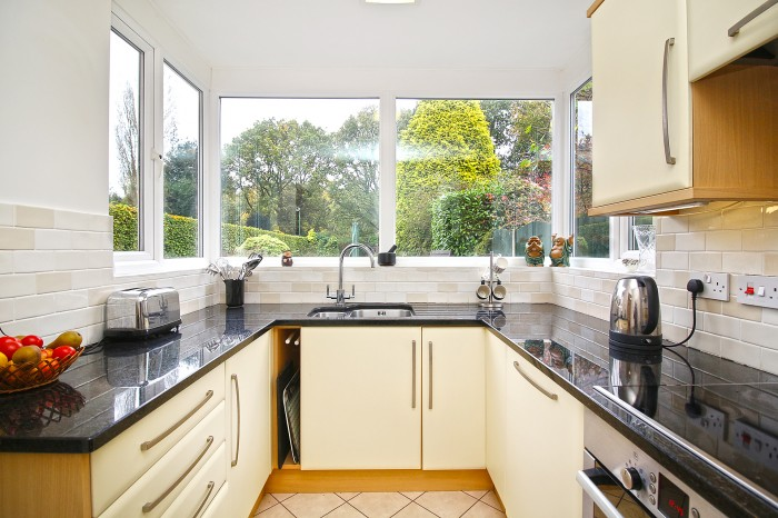Buryfield Road, Solihull - Photo 9