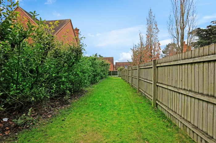 Malthouse Meadow, Solihull - Photo 17