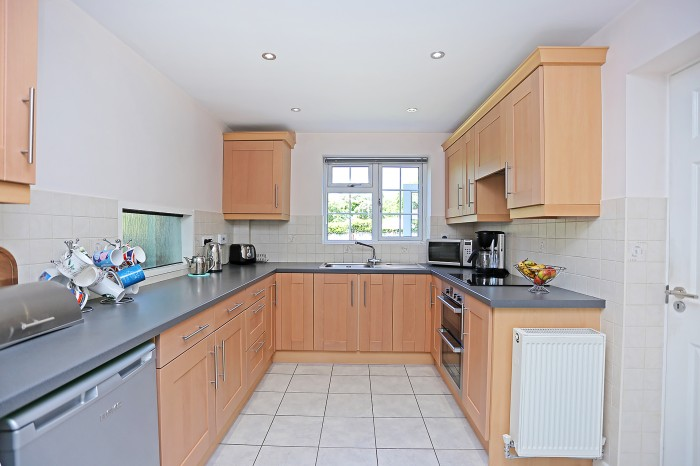 Sandhills Crescent, Solihull - Photo 6