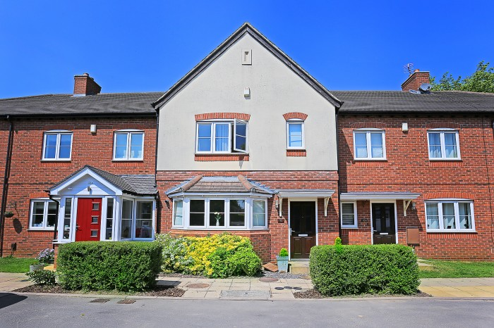Overslade Road, Solihull - Photo 1